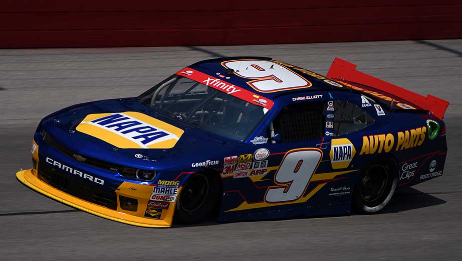 Chase and bill elliott talk about running no 9 car for What motor does nascar use