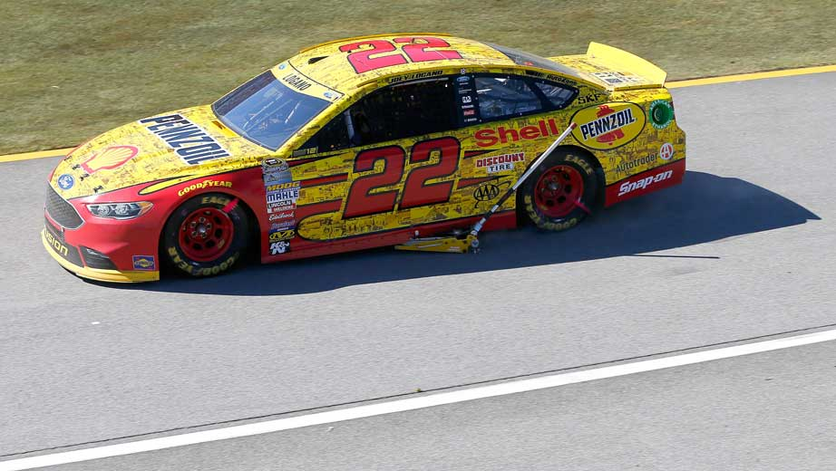 Why Joey Logano's jack stuck to his car | Official Site Of NASCAR