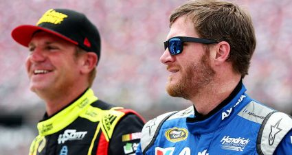 Clint Bowyer to drive for JRM at Chicagoland