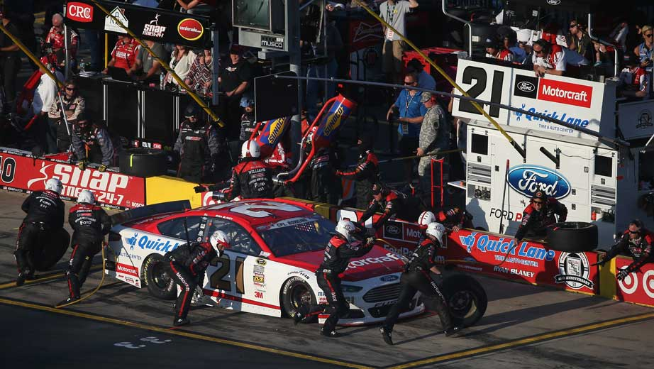 Center Exit Tire >> Ryan Blaney adds pit crew members from MWR   Official Site Of NASCAR