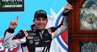 Year in review: Clint Bowyer