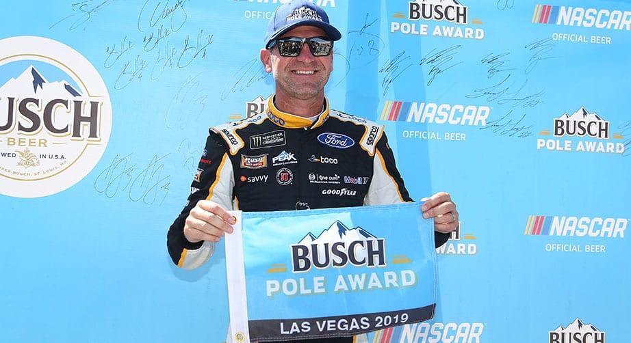 Nascar Pole Position >> Clint Bowyer Scores Busch Pole Award At Las Vegas Nascar Com
