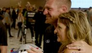 Clint Bowyer, Kevin Harvick surprise fans with Mobil1 jackpot