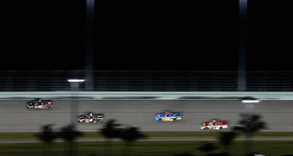 Tanner Gray drives No. 7 Toyota Tundra to 16th-place finish at Homestead-Miami Speedway