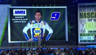 Chase Elliott wins 2019 Most Popular Driver Award