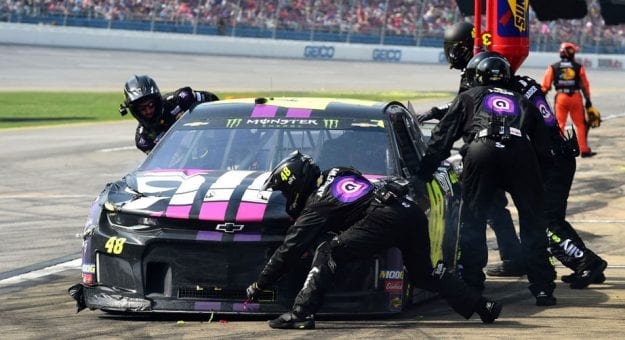 Jimmie Johnson team pit stop