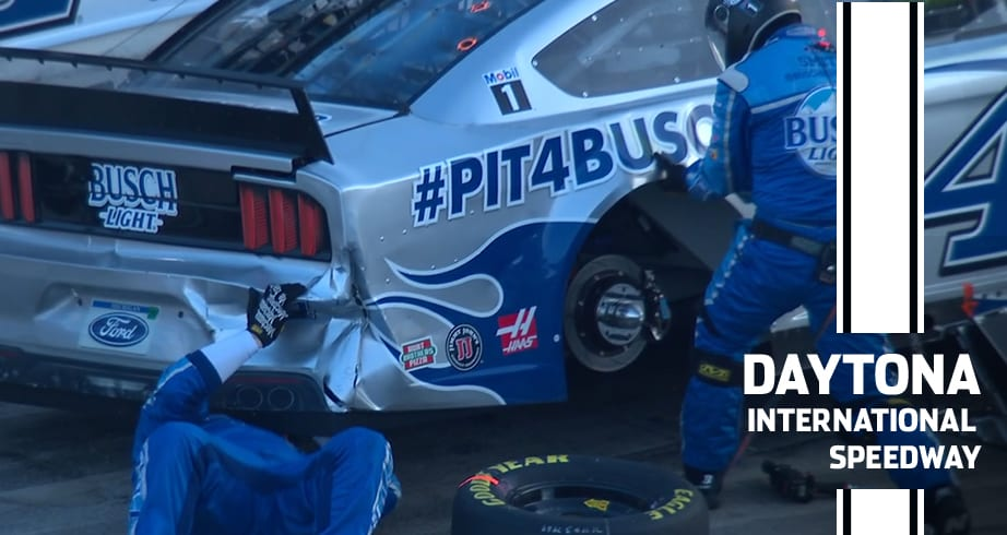 Harvick and others damaged in mid-race wreck
