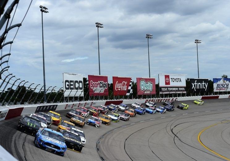betting odds on nascar race