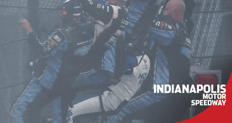 Smoked: Briscoe burns it down and climbs the fence at Indy