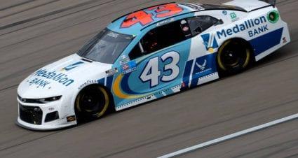 Erik Jones drives No. 43 Chevrolet Camaro to 10th-place finish at Las Vegas Motor Speedway