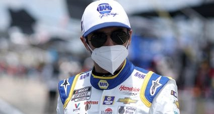 Chase Elliott to start from rear at Dover after pre-race inspection failures