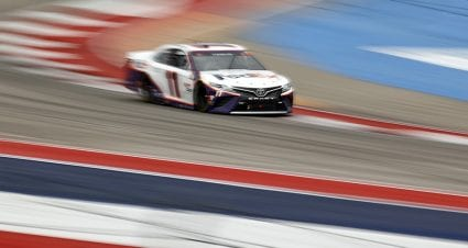 Hamlin among several cars going to the rear at Circuit of The Americas