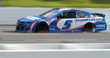 Larson to go to backup car for Sunday's Pocono race