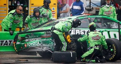 No penalty to Kyle Busch for bumping pace car at New Hampshire