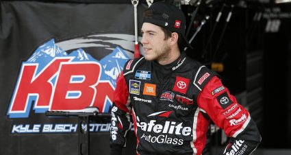 Camping World Truck Series drivers face cutoff race to set playoff field