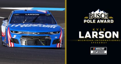 Kyle Larson on Busch Pole for Michigan; see lineup