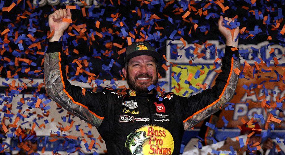 Martin Truex Jr. rolls to Richmond win, advances in NASCAR Playoffs - NASCAR