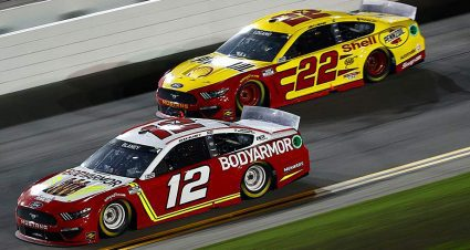 Team Penske sets driver-crew chief lineup for 2022 Cup Series